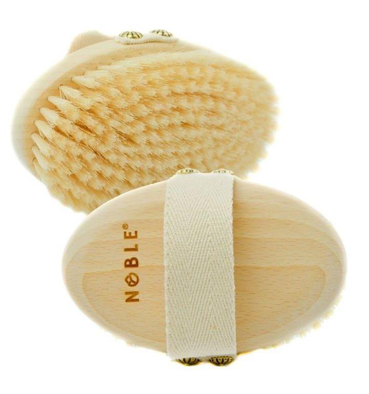 Czy warto codziennie wykonywać masaż ciała szczotkami na sucho?