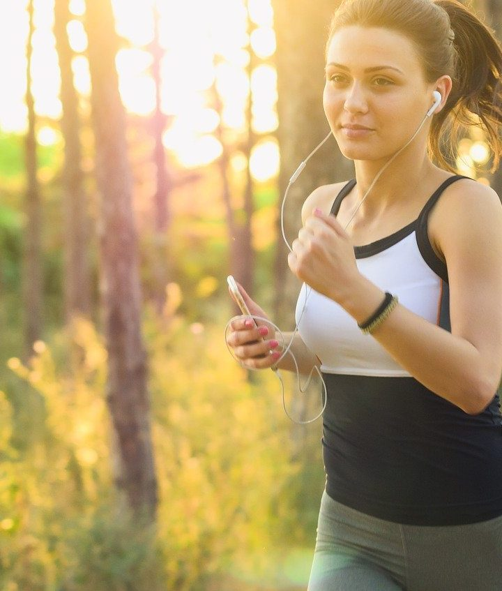 Jak powiększyć piersi za pomocą skutecznych ćwiczeń?